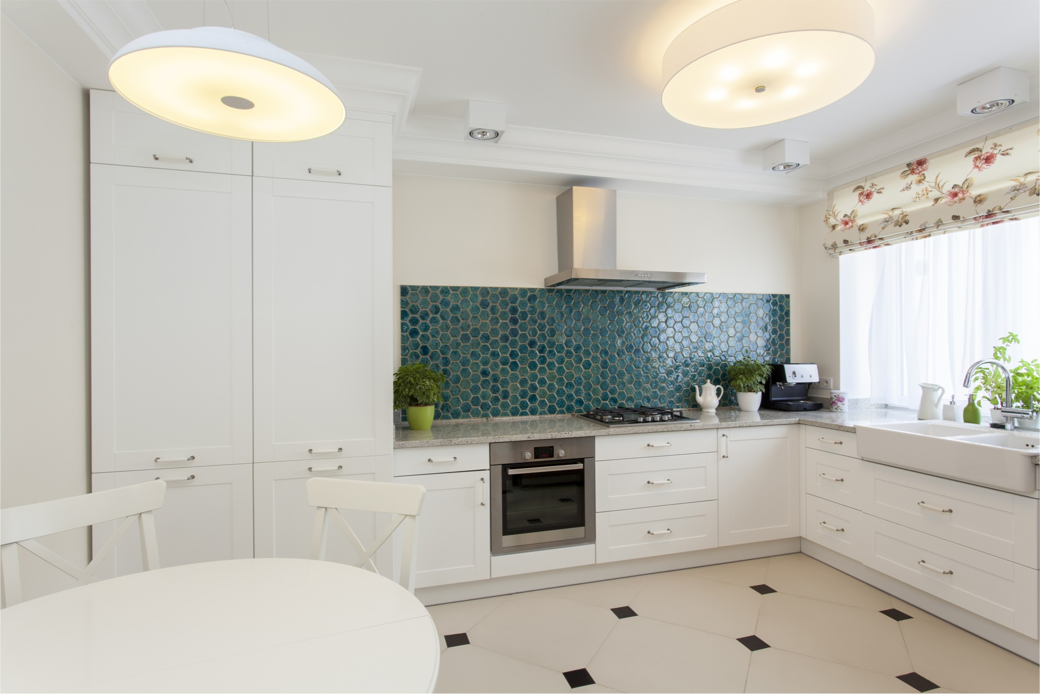 Modular Kitchen Backsplash An Armor For Unwanted Spills