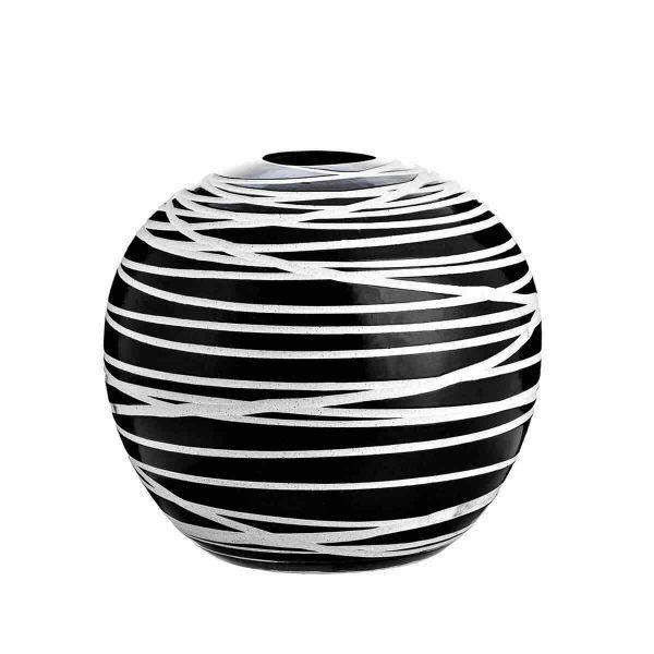 Artistic black vase 1